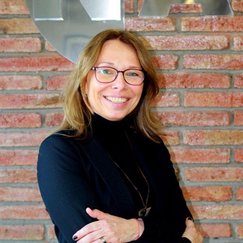 Carmen Nickstat